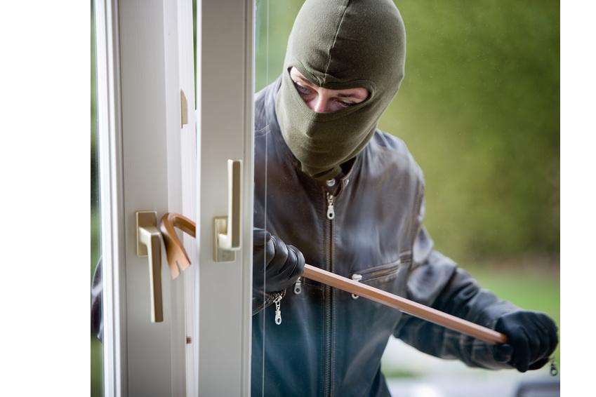 Einbrecher hebeln Fenster binnen Sekunden auf